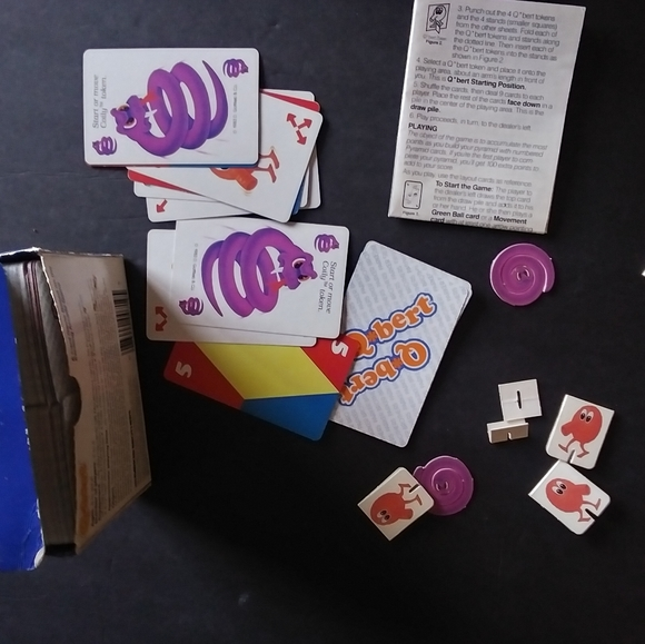 Vintage 1983 Q-bert card game